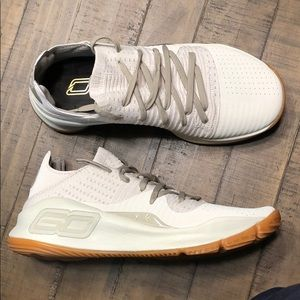 Under Armour Curry 4 Low Baja Basketball Shoes